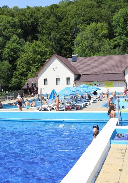 The Moneasa Public Pool Complex