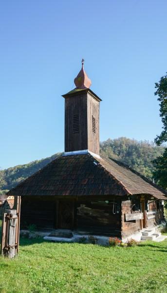 Die Holzkirche von Corbești