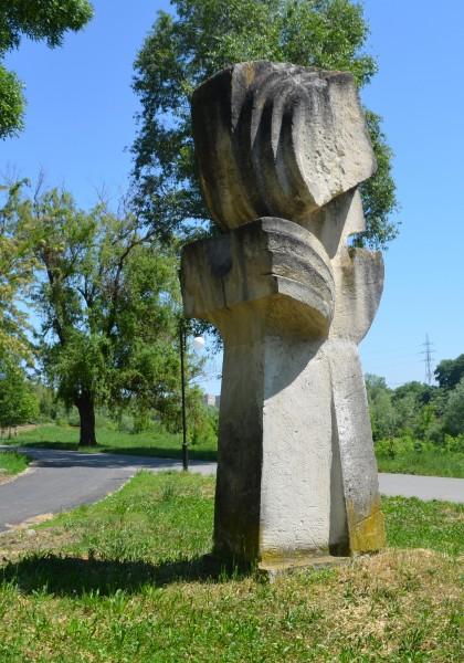 Die Skulpturenausstellung vom Mureș Ufer