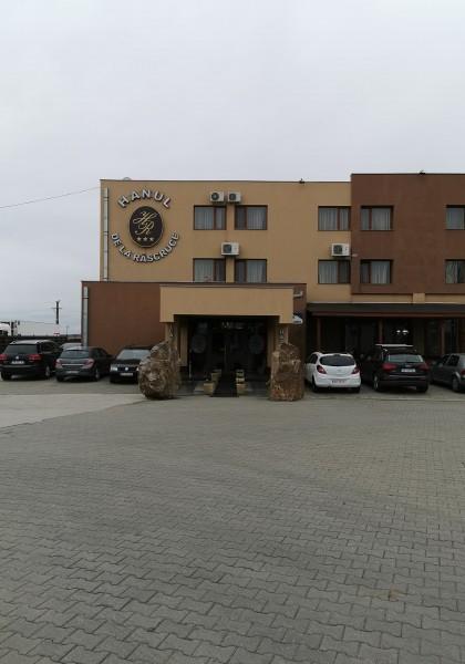 """Hotel """"Hanul de la Răscruce"""""""
