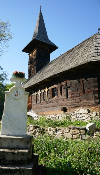 Biserica de lemn din Groșii Noi