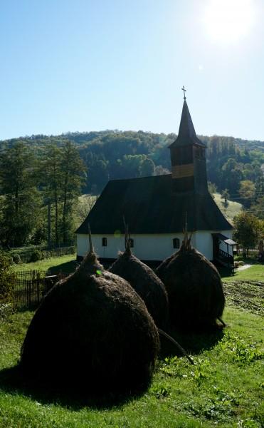 Die Holzkirche aus Roșia Nouă