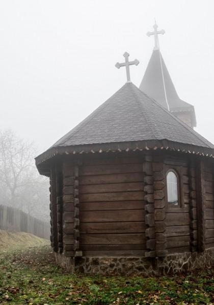 Biserica de lemn din Budești