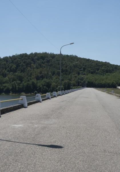 Lacul Tauț
