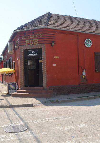 Old Lady' Pub